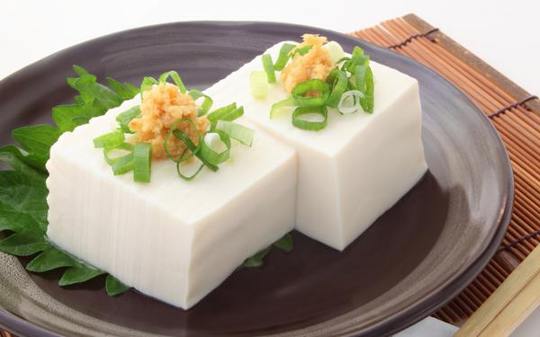 木綿豆腐と絹豆腐、カロリーの違いご存知ですか?