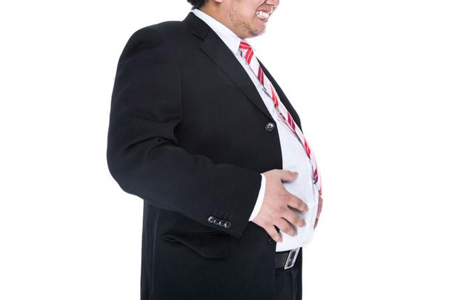 太っている人は歯周病になりやすい?